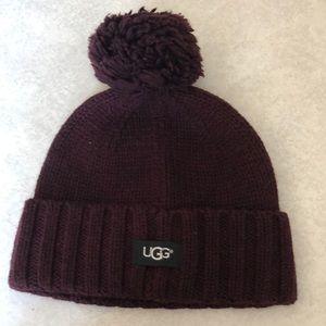 NWT ugg hat with Pom Pom